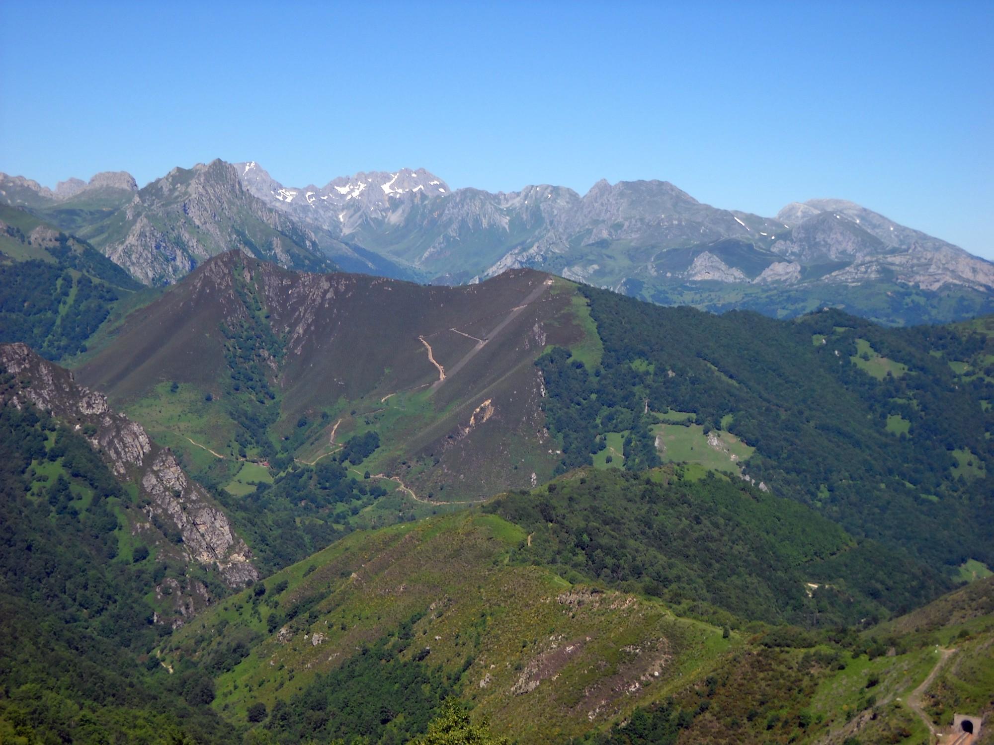 ruta el Ruchu Bosque de Valgrande