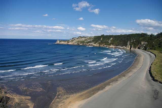 Playa nudista Barayo