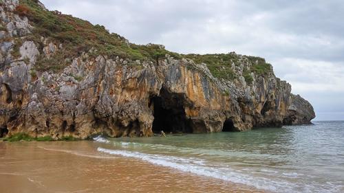 Playa Cuevas de Mar