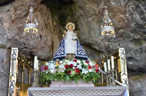 Fiesta De Covadonga Día De La Santina Fiestas En Asturias